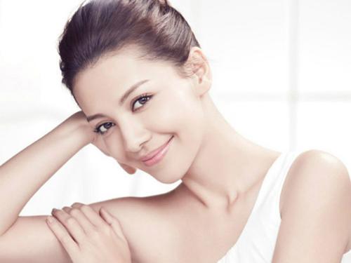 Nắm rõ đặc tính làn da là bước quan trọng nhất trong việc chọn sản phẩm chăm sóc da phù hợp.