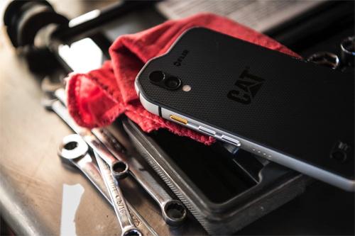 Điện thoại Cat S61