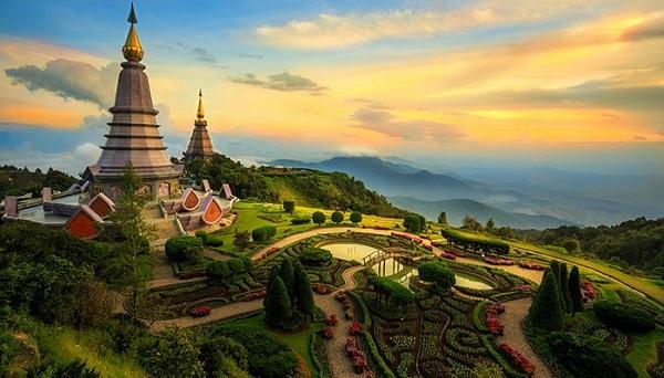 Hiện mới chỉ có đường bay Đồng Hới - Chiang Mai được khai thác thẳng, kết nối Việt Nam với thành phố du lịch nổi tiếng ở phía bắc của Thái Lan.