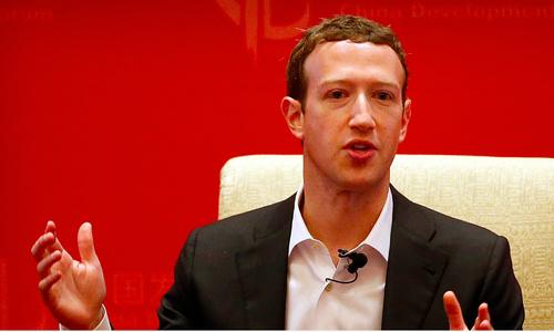 CEO Facebook đã xin lỗi người dùng